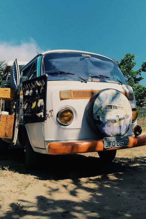 Foto d'estoc gratuïta de accessoris, cotxe, fora de l'asfalt, kombi