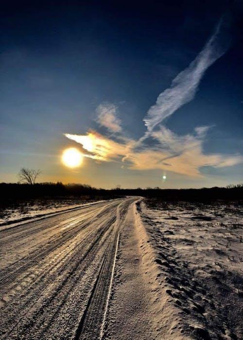 Foto profissional grátis de #snow #winter #road #sunset #sky #minnesota