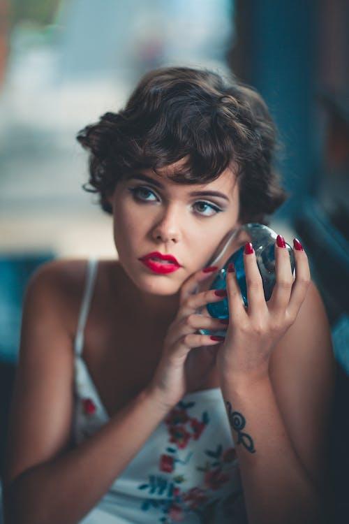Fotos de stock gratuitas de actitud, bonita, bonito, expresión facial