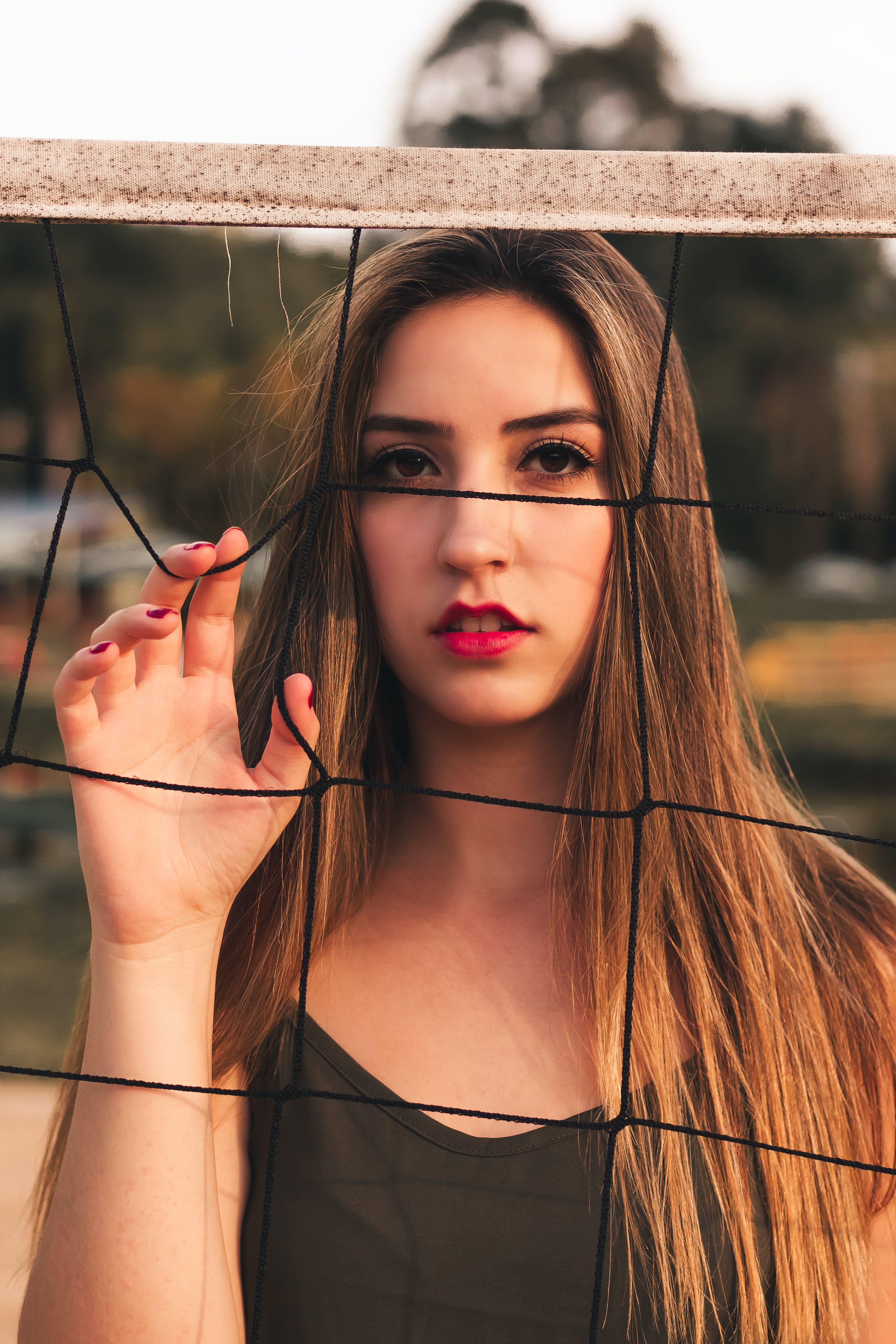 Kostenloses Stock Foto zu brünette, erwachsener, frau, hübsch