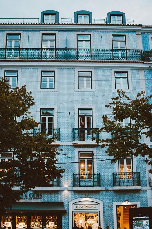 Бесплатное стоковое фото с архитектура, балконы, здание, Квартира