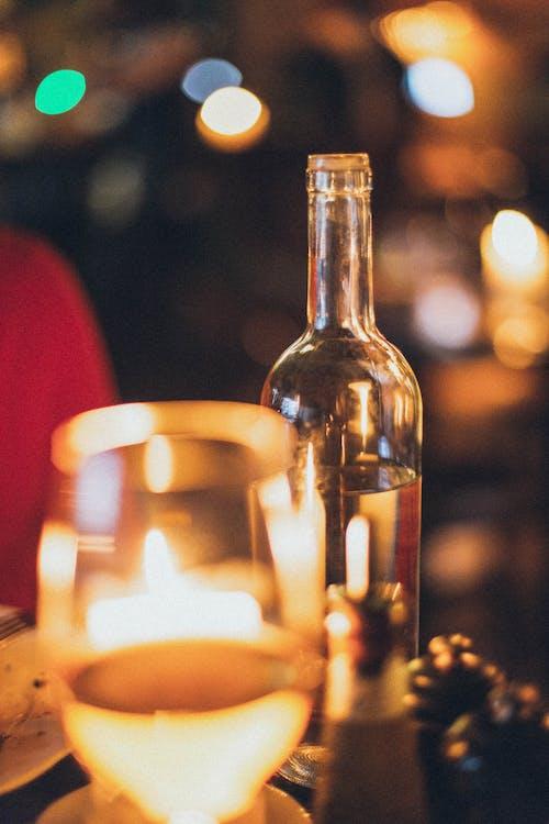 alkoholisches getränk, beleuchtet, beleuchtung