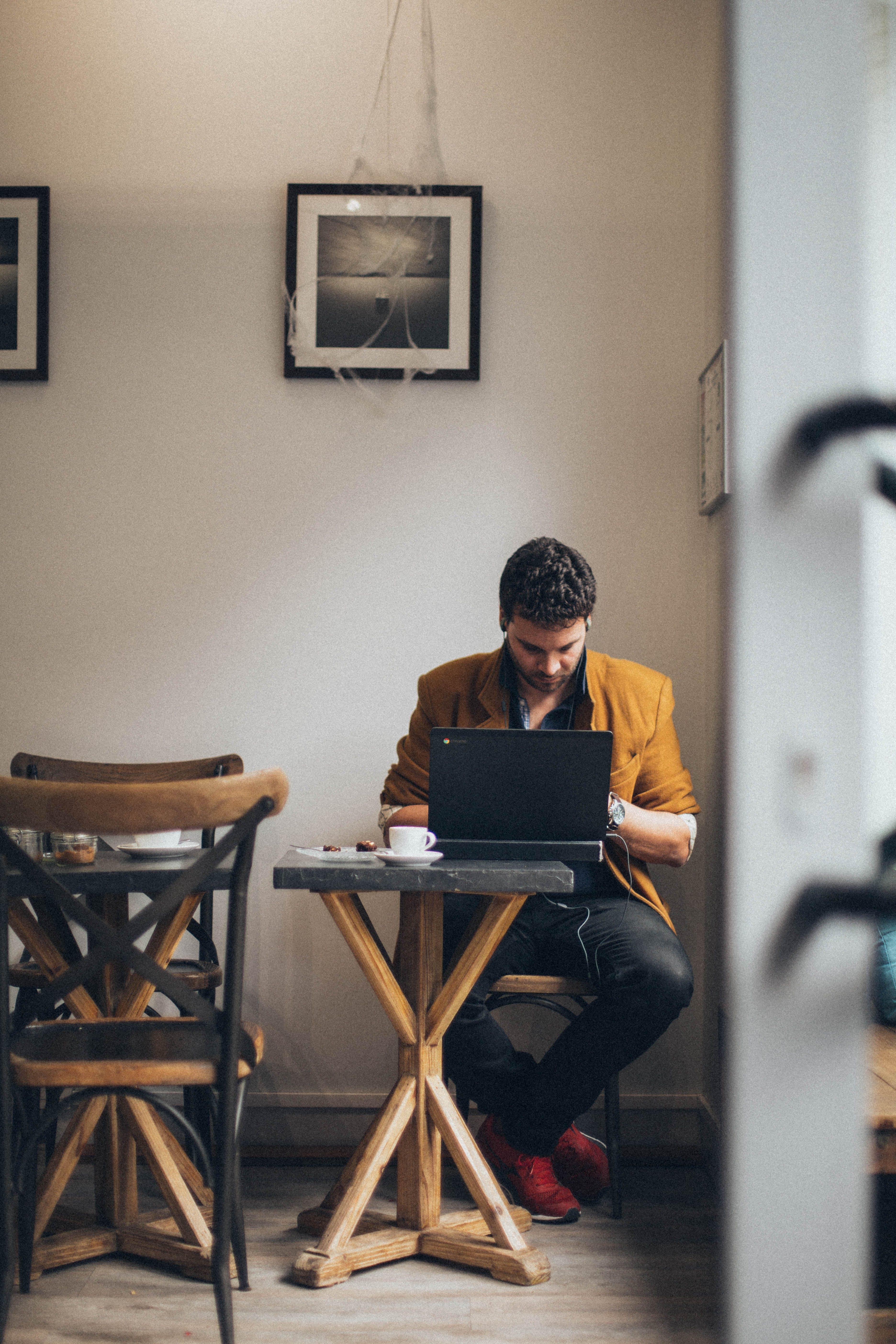 Kostnadsfri bild av arbete, arbetssätt, bärbar dator, enhet