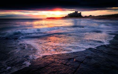altın ufuk, deniz kıyısı, deniz manzarası, doğa içeren Ücretsiz stok fotoğraf