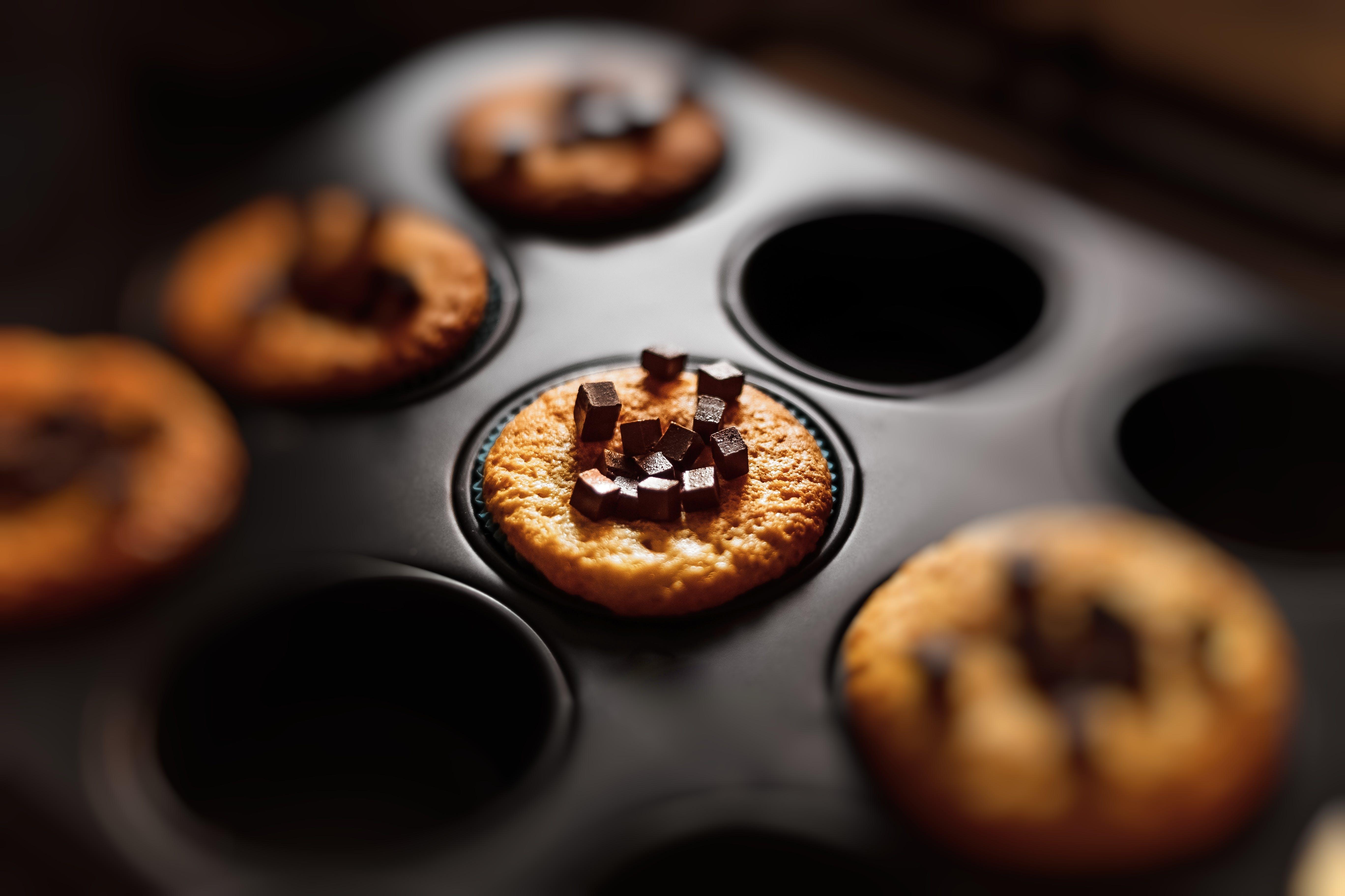 Gratis arkivbilde med bakervarer, bakt, bakverk, cupcake
