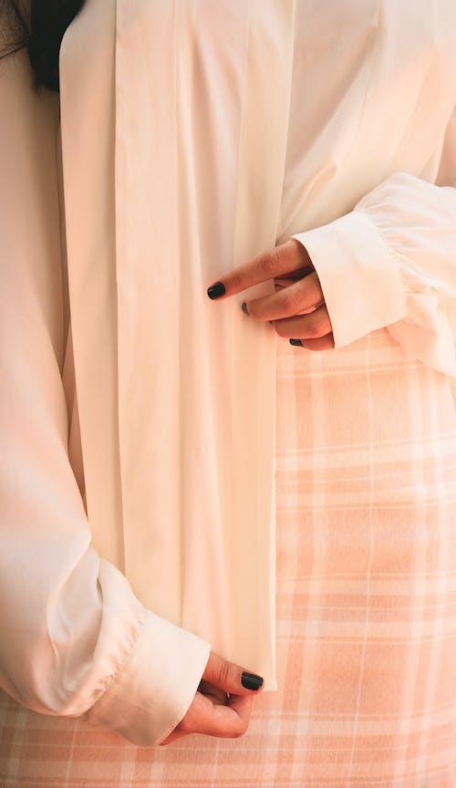 Ingyenes stockfotó kezek, nő, stílus, személy témában