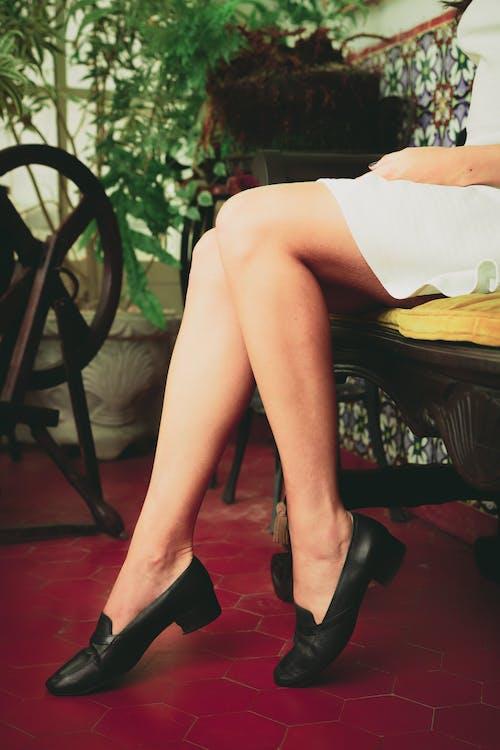 Бесплатное стоковое фото с женщина, мода, ноги