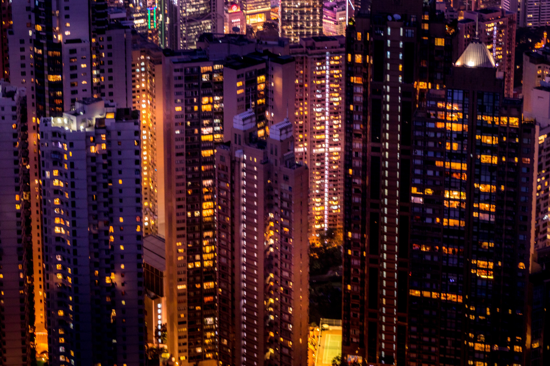 Gratis lagerfoto af asiatisk, bjergtop, byens lys, farvebillede