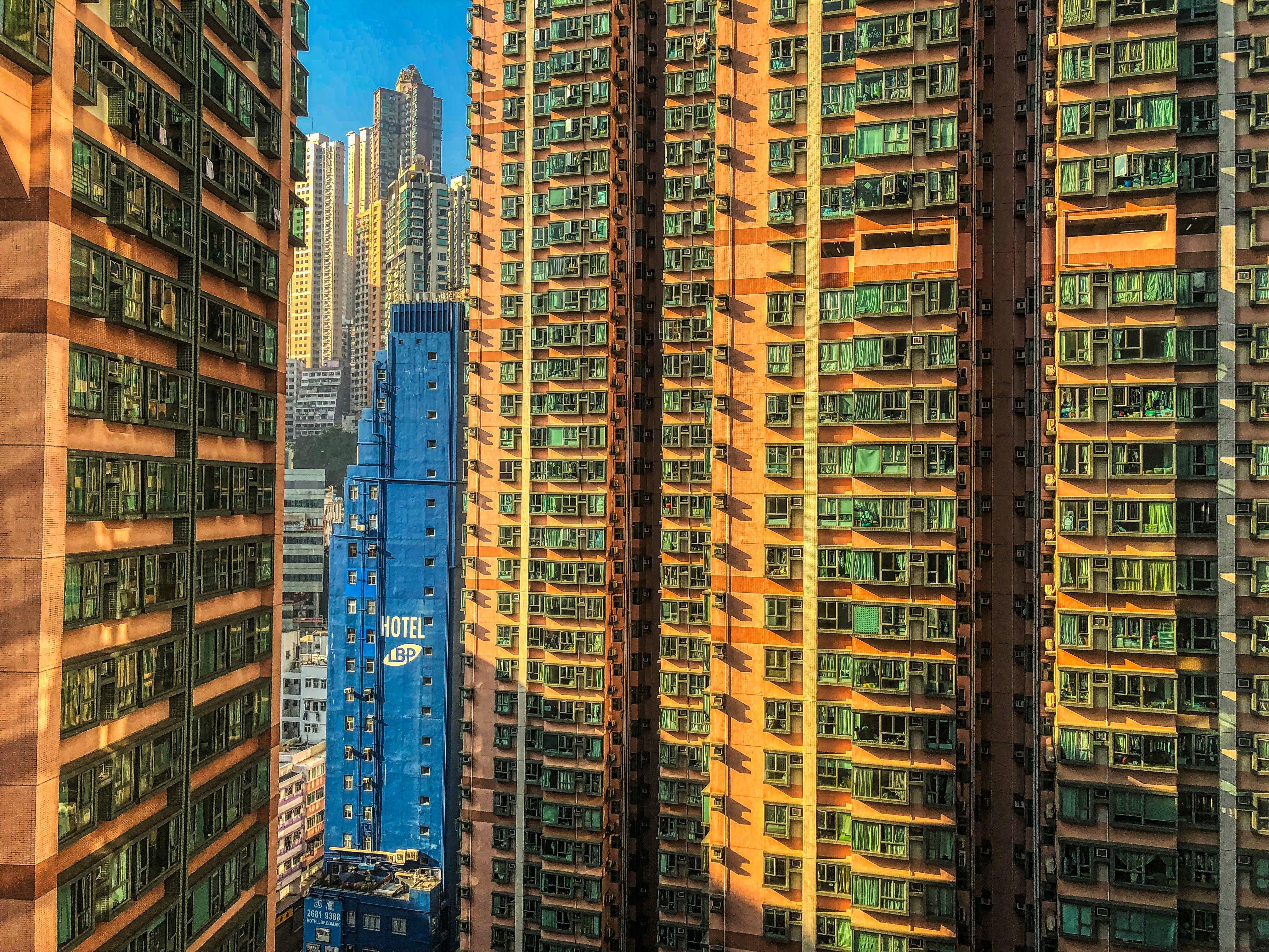 Kostenloses Stock Foto zu blauer himmel, futuristisch, hongkong, klarer himmel
