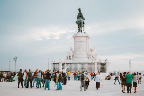 abide, anıt, anıt taş, ayakta içeren Ücretsiz stok fotoğraf