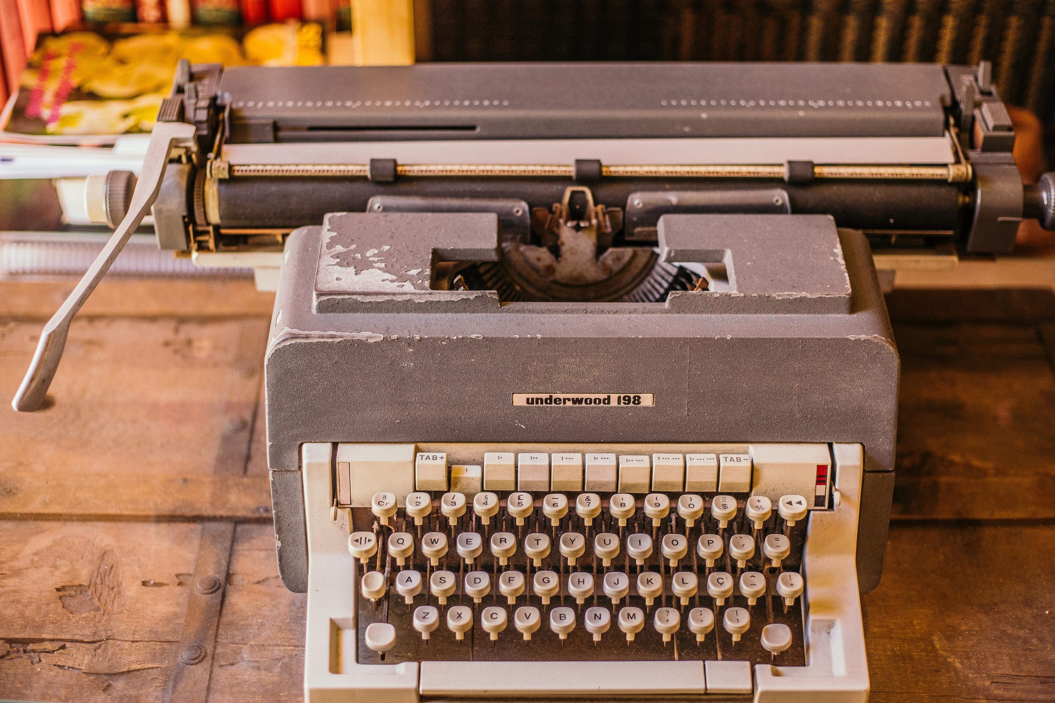 Free stock photo of typewriter, vintage typewriter