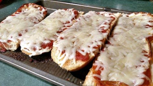Gratis lagerfoto af fransk brød, mad, pizza