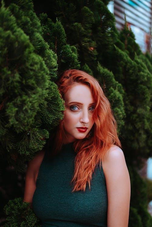 Photos gratuites de beauté, cheveux roux, femme, glamour