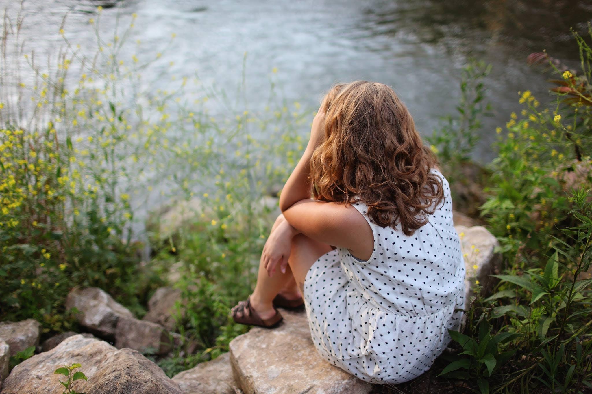 Kostenloses Stock Foto zu betrübt, blume, einsam, entspannung