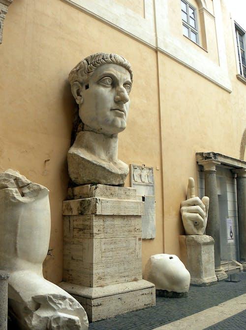 Foto d'estoc gratuïta de constantin, emperador, escultura, escultura monumental