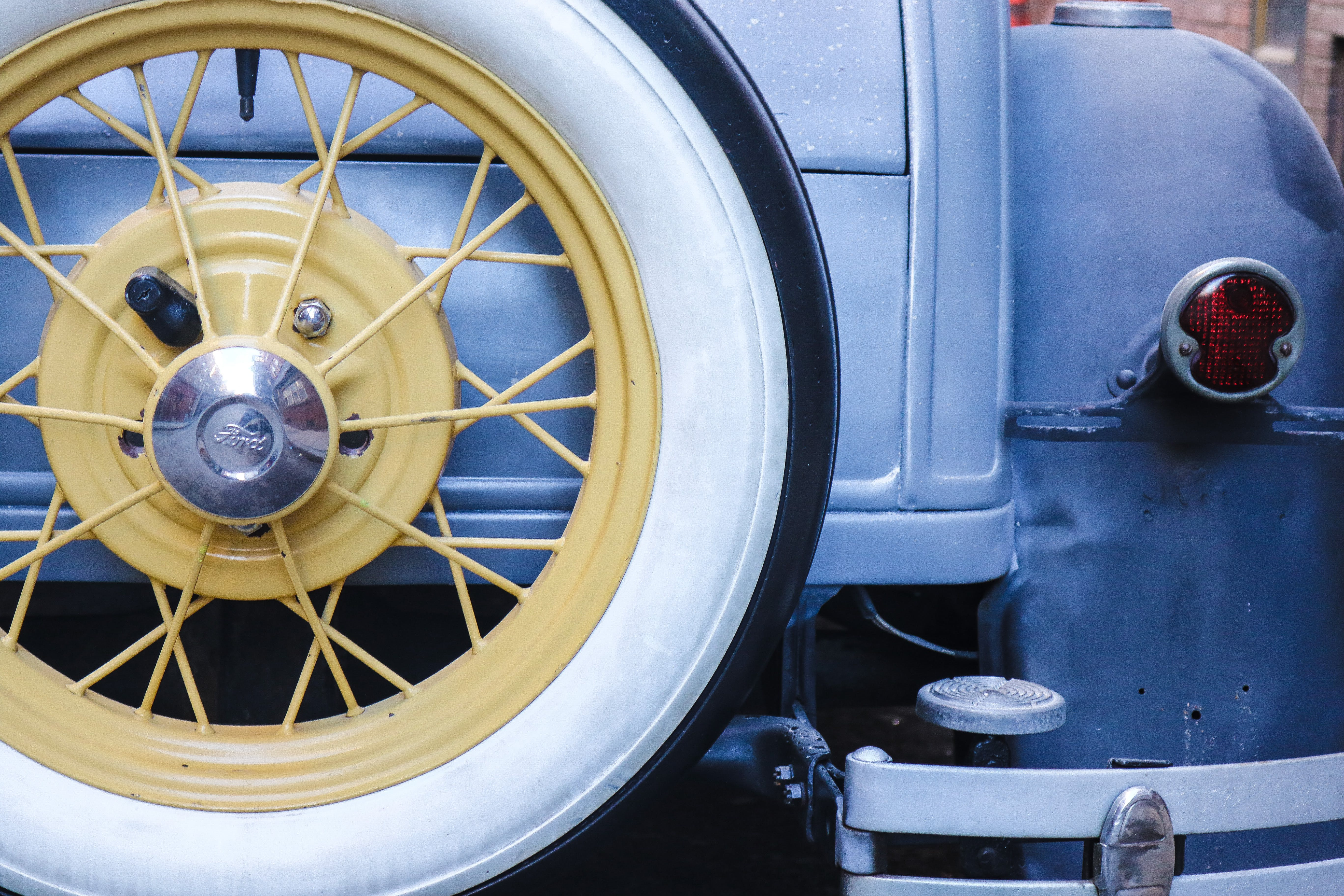 Yellow Vehicle Wheel and Tire