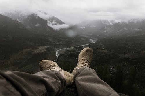 Fotobanka sbezplatnými fotkami na tému človek, dobrodružstvo, dychberúci, horolezec