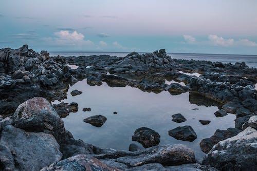 Základová fotografie zdarma na téma kameny, malebný, moře, pobřeží