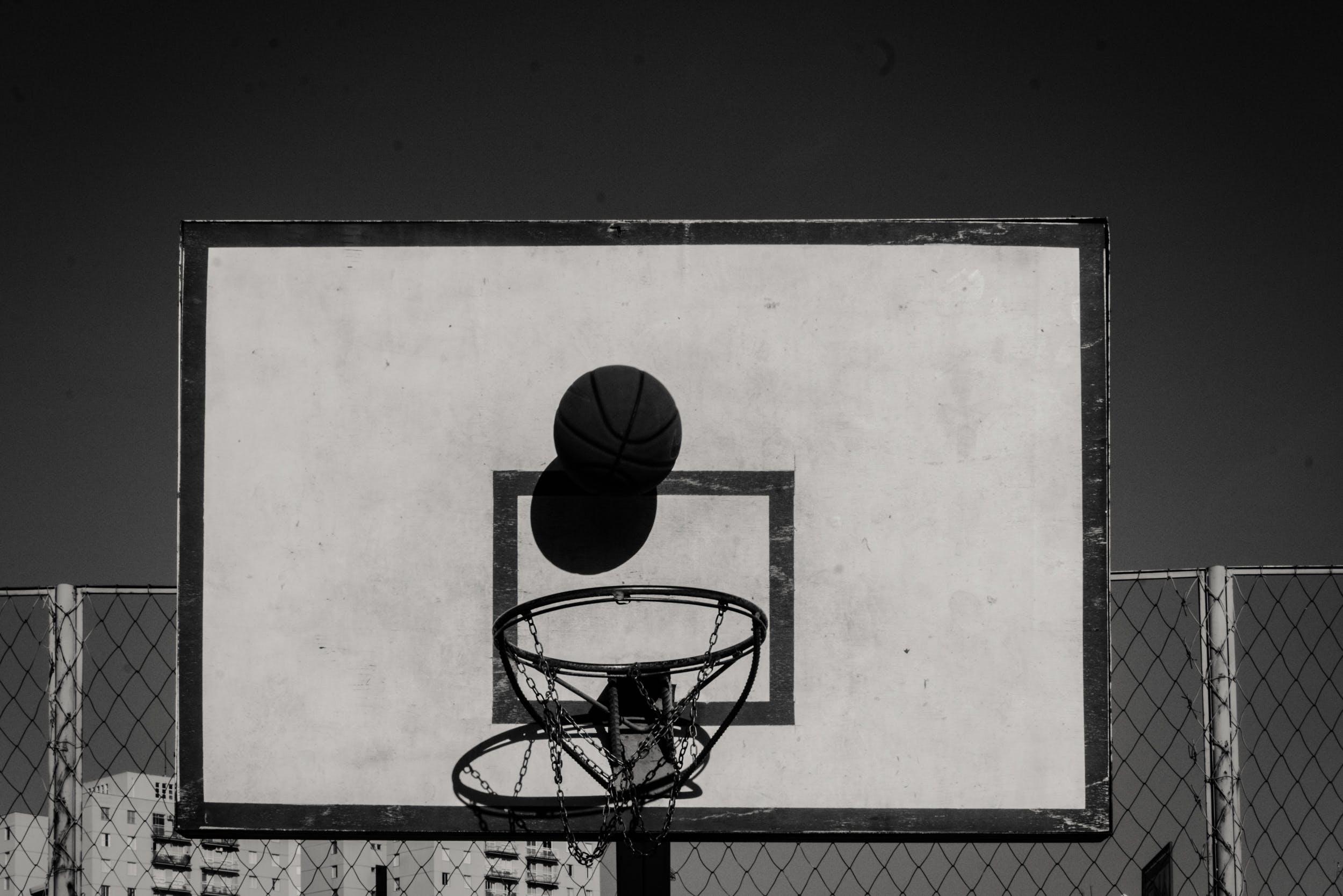 Ảnh lưu trữ miễn phí về bnw, bóng rổ, bóng đường, môn chơi