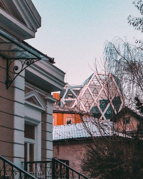 Foto profissional grátis de arquite, arquiteto, arquitetônico, arquitetura
