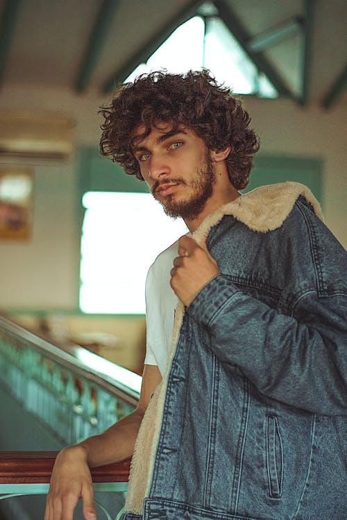 Ảnh lưu trữ miễn phí về áo khoác denim, chàng, giải trí, hấp dẫn