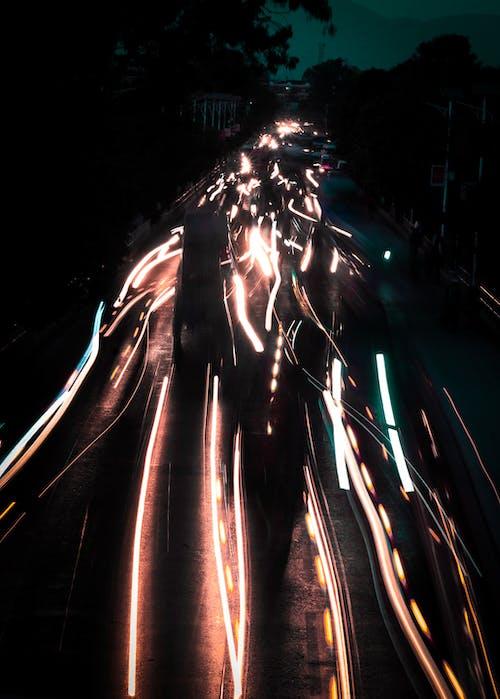 คลังภาพถ่ายฟรี ของ การทดลองแบบเบา ๆ, การเปิดรับแสงนาน, คืน, ถนน