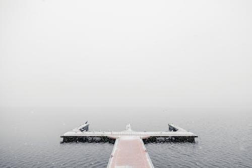 Foto profissional grátis de água, cais, cênico, céu
