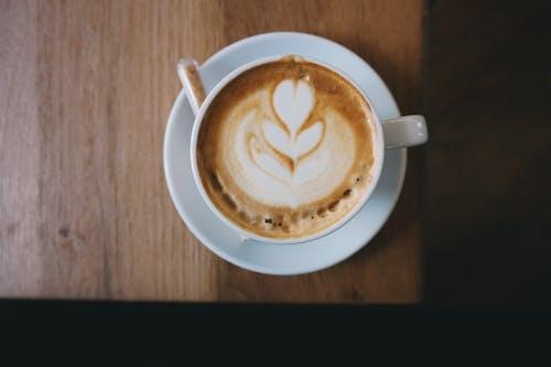 Základová fotografie zdarma na téma caffè latte art, dřevo, espreso, horko