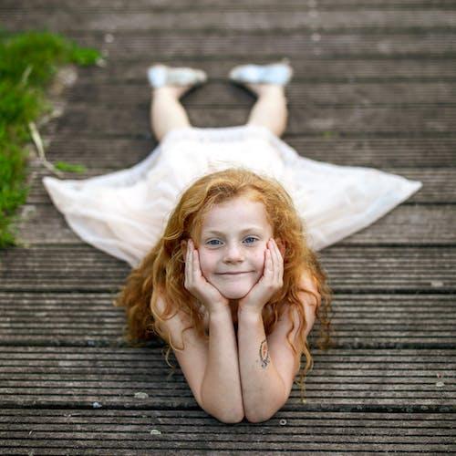 Základová fotografie zdarma na téma holka, zázvor