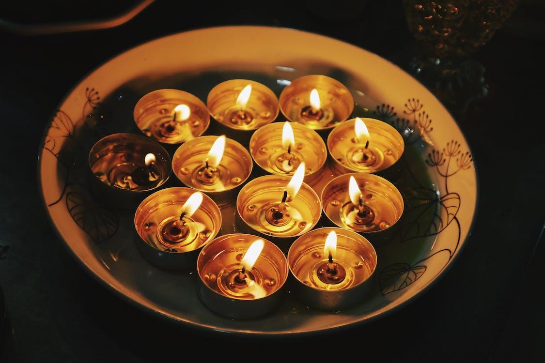 Lighted Tealights