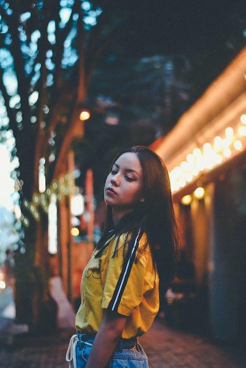 Бесплатное стоковое фото с женщина, мода, одежда, улица