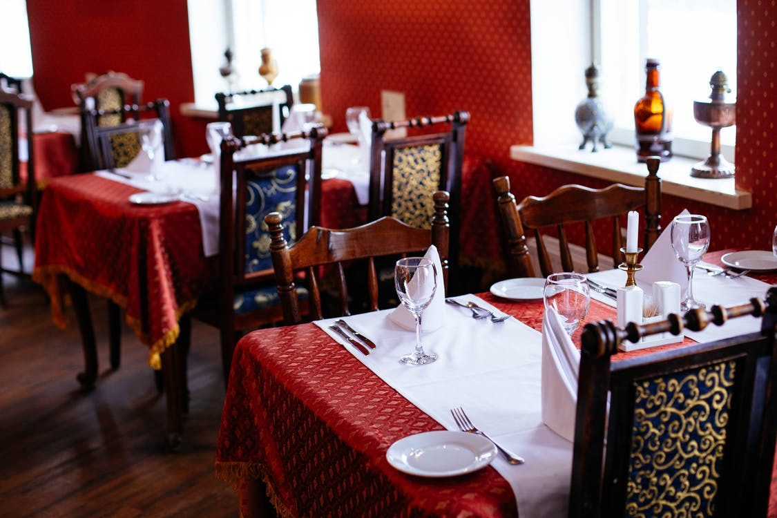jadalnia, jedzenie, krzesła