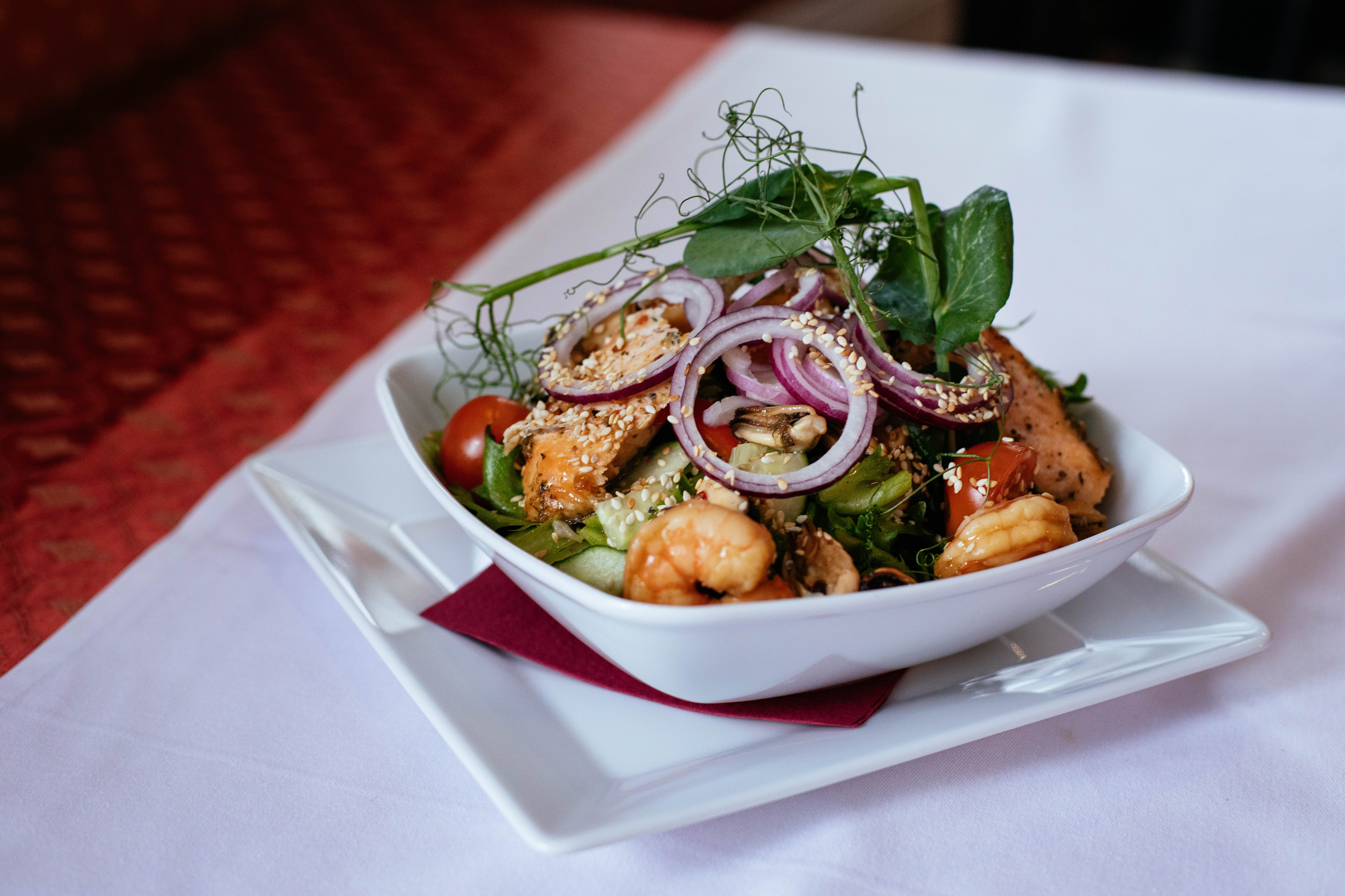 Cooked Shrimp With Vegetables On Square Bowl