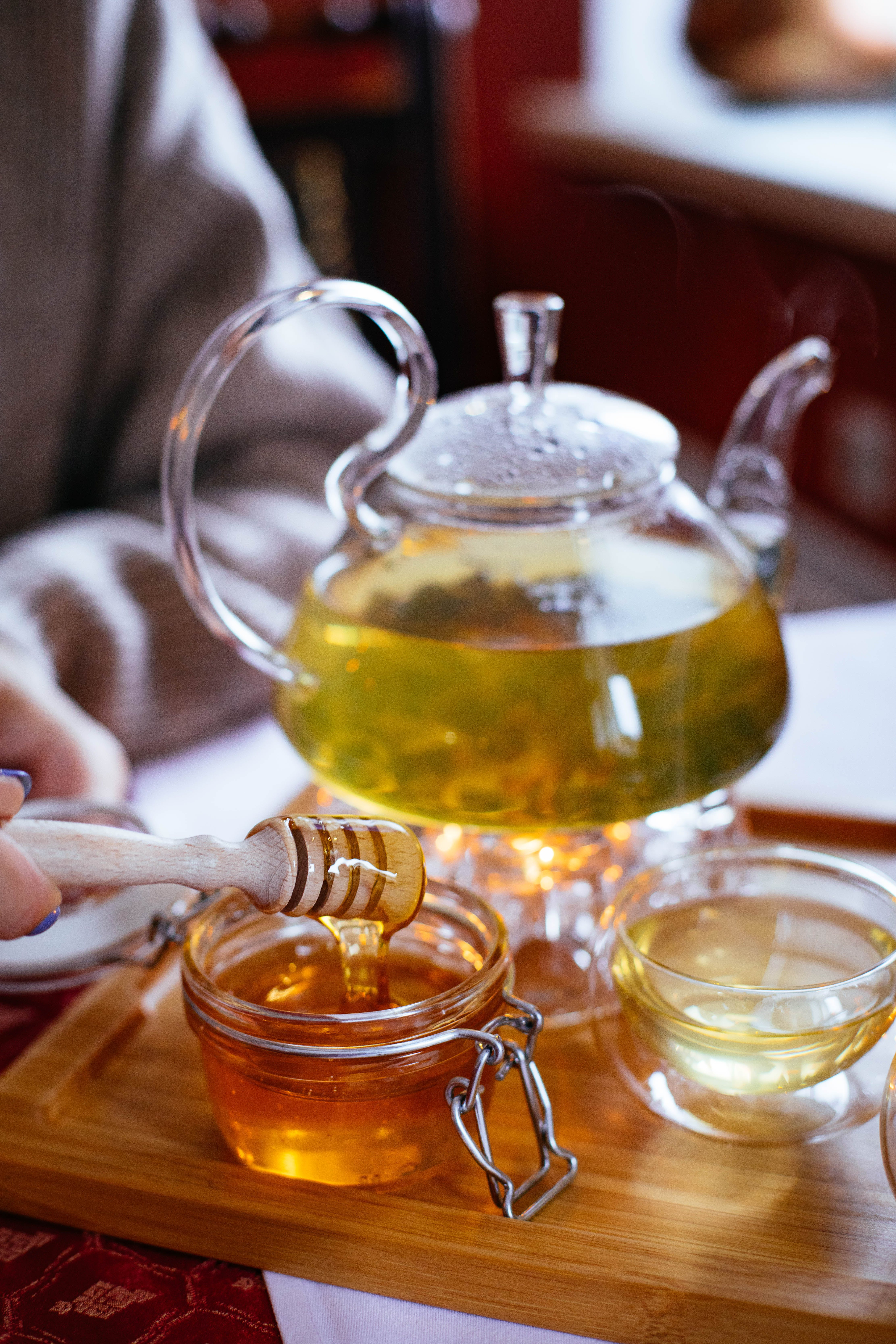 Clear Glass Tea Set With Honey