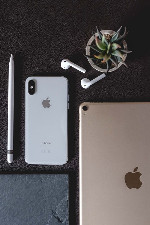 Free stock photo of 2019, airpods, apple pencil, design