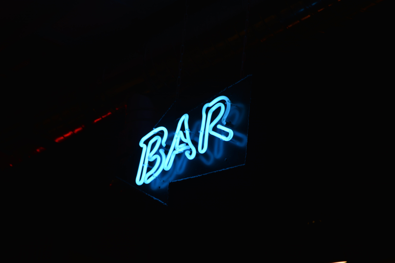 Blue Bar Neon Signage