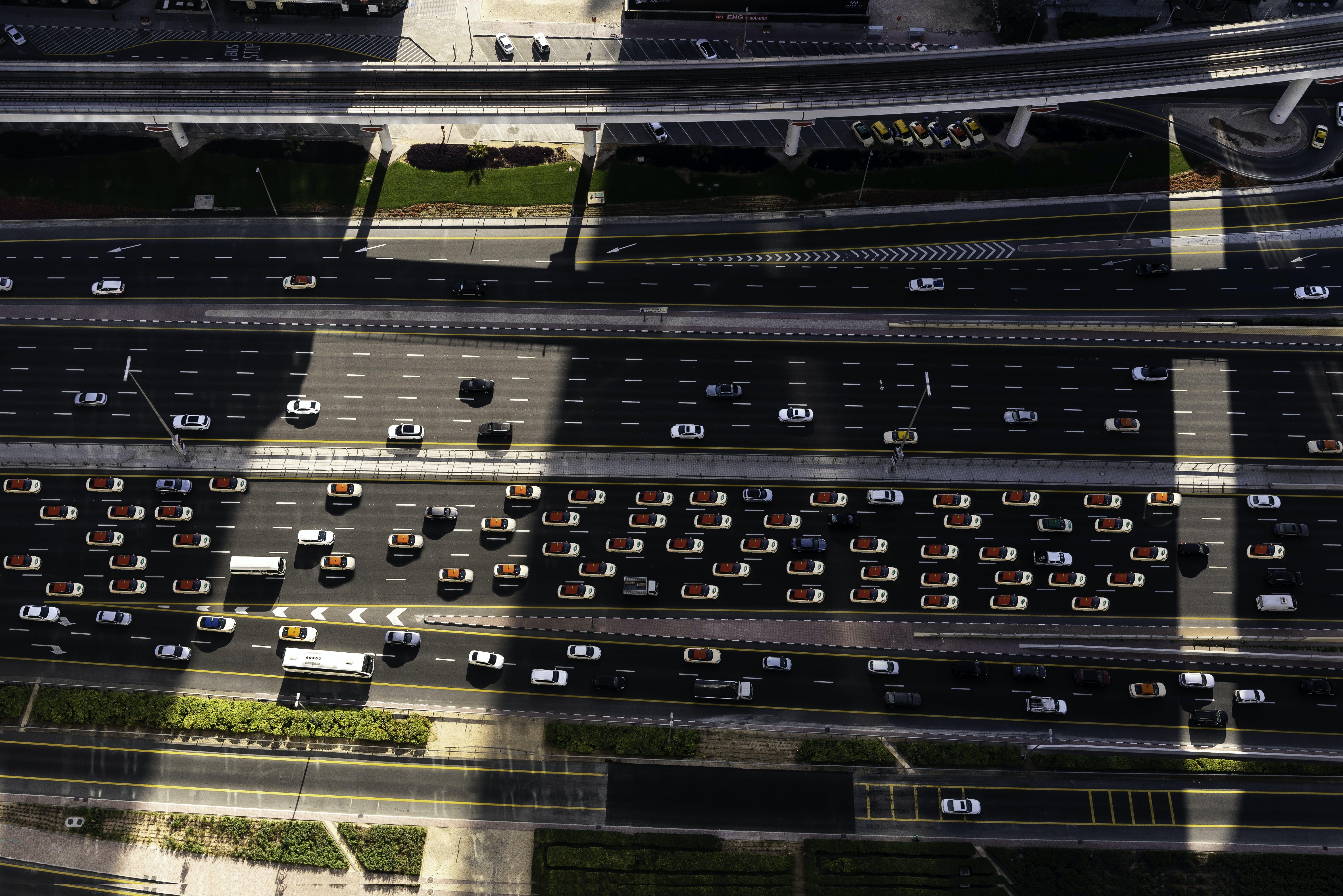 Základová fotografie zdarma na téma auta, dopravní systém, Dubaj, letecký snímek