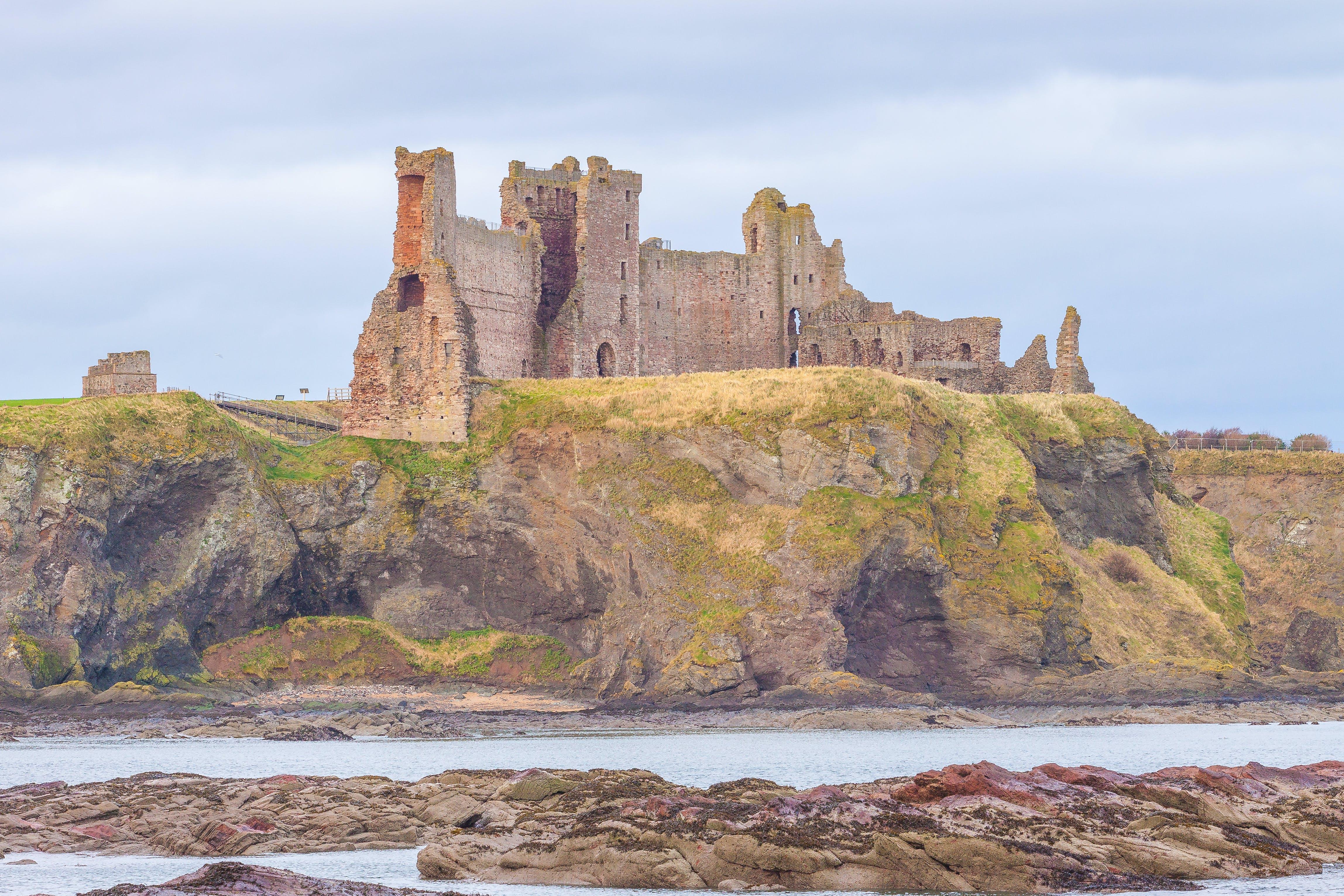 Free stock photo of beach, castle, cliff, mirophotography.wordpress.com