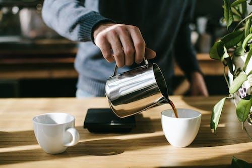 Gratis arkivbilde med bord, daggry, drikke, espresso