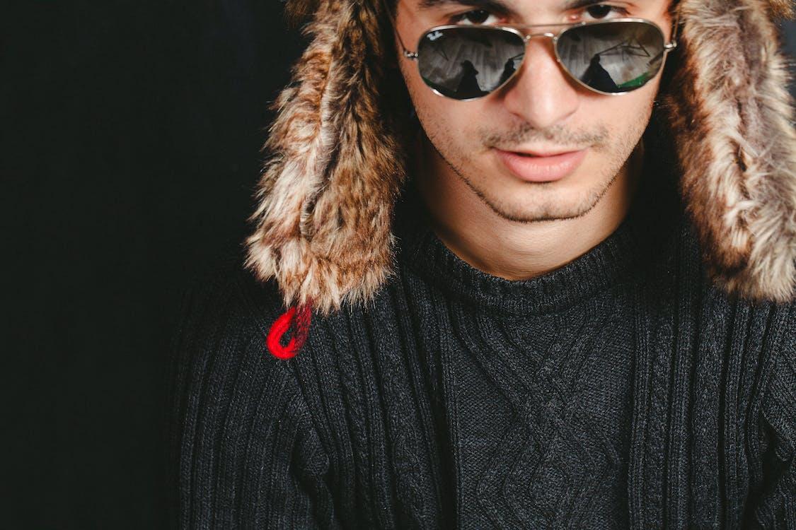 barret de llana, boina de llana, foto vertical
