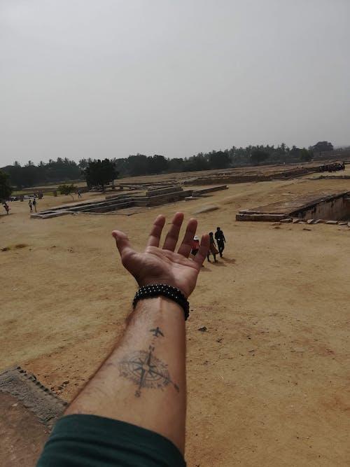 Free stock photo of hampi, hand, india