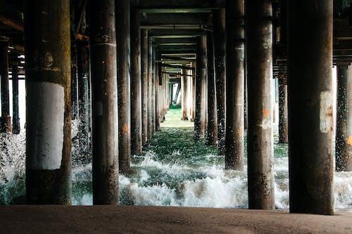 Základová fotografie zdarma na téma molo, pilíře, pláž, pobřeží