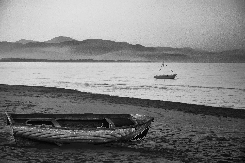 Gratis lagerfoto af båd, blå himmel, ensomhed, hav