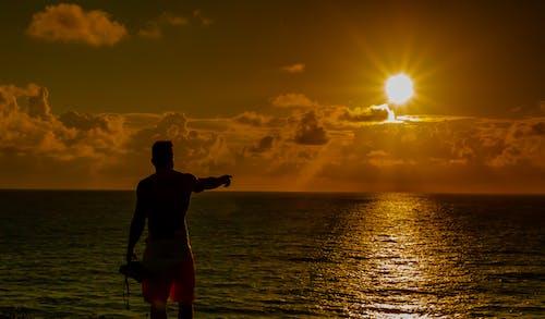 Δωρεάν στοκ φωτογραφιών με Surf, γνέφω, ήλιος, θάλασσα
