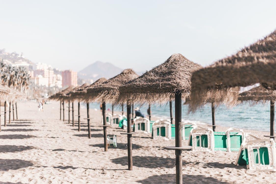 esernyő, homok, idegenforgalom