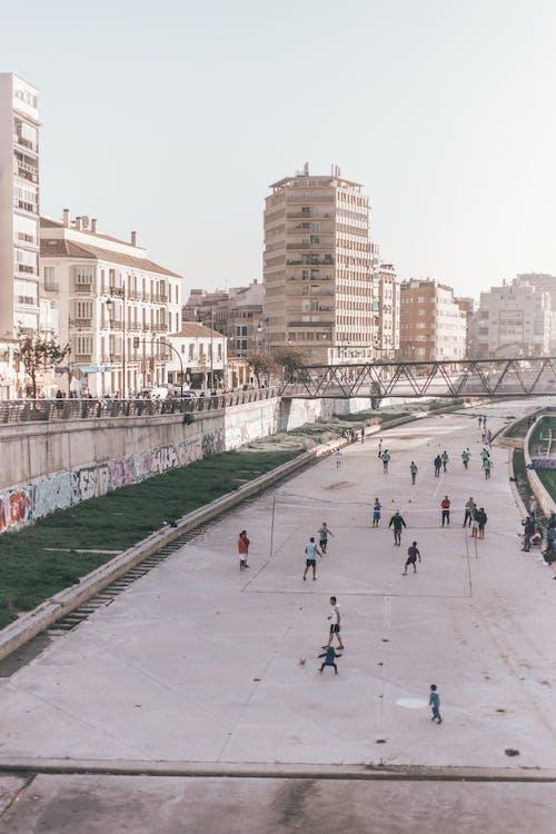 Photos gratuites de architecture, bâtiments, centre-ville, chaussée