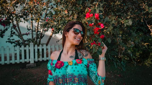 Women's Green, Red, and Blue Floral Off-shoulder Blouse