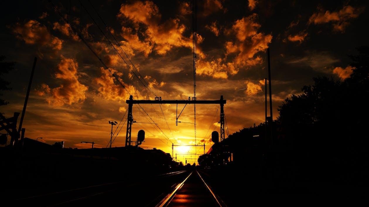 à contre-jour, aube, chemin de fer