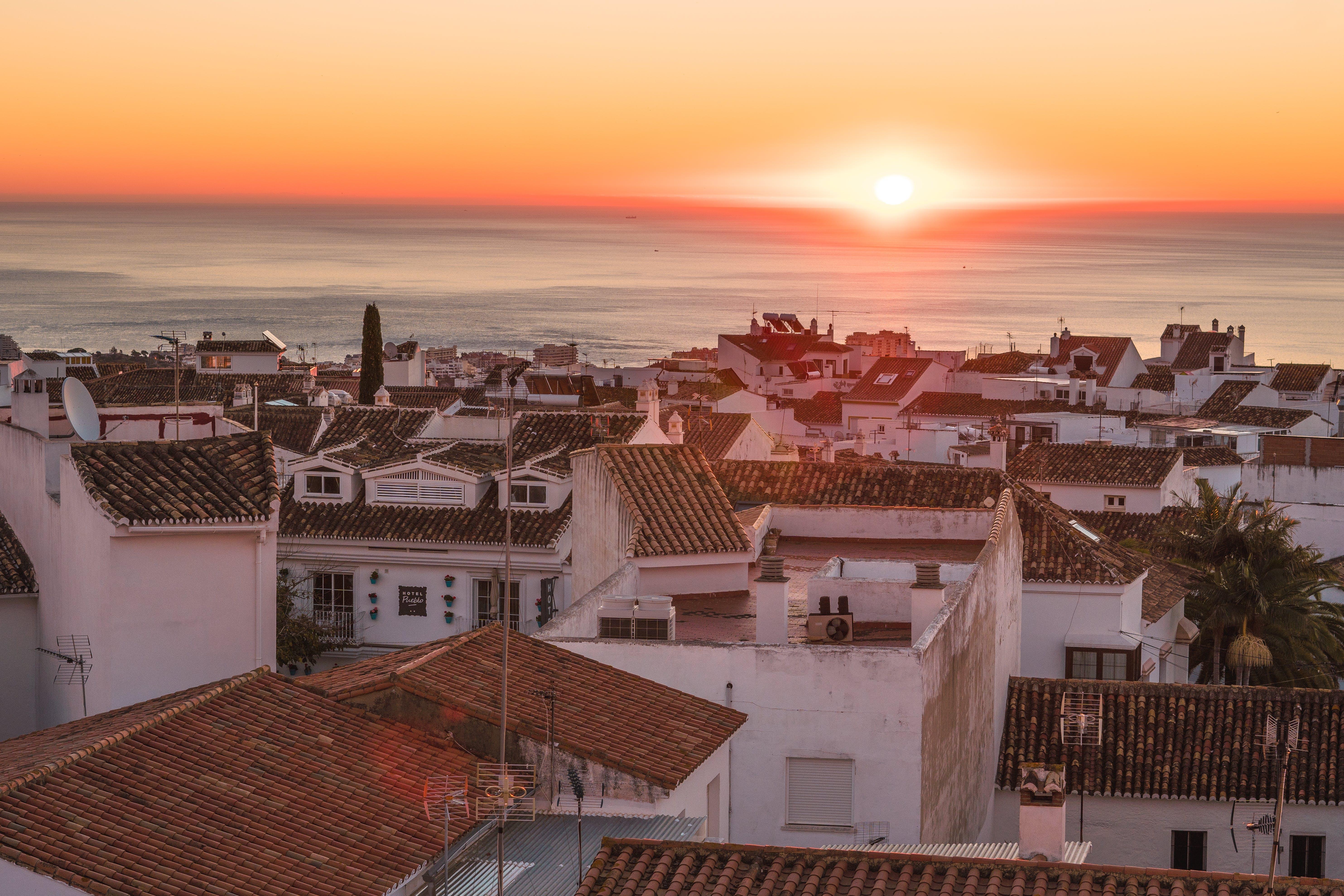 of city, love, sunny, sunrise