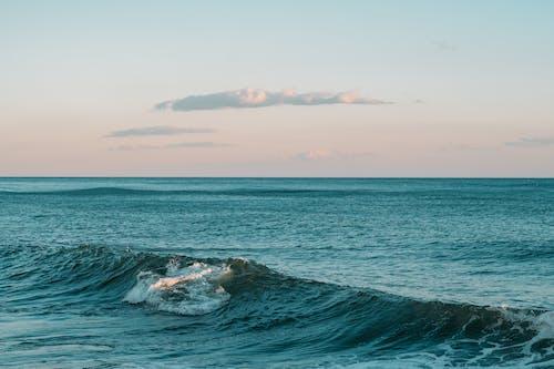 Бесплатное стоковое фото с берег, бирюзовый, волны, длинная экспозиция